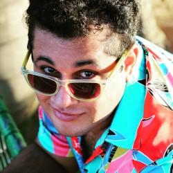 Salvador - Vocalista - Geral - gosta de Acústico procurando por Bateria