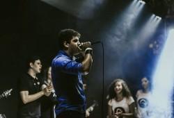 Goiânia - Guitarra solo - gosta de Rock-Alternativo-/-Moderno procurando por Vocalista---Alto