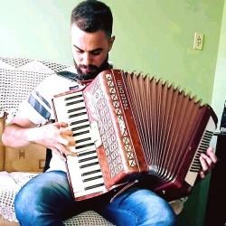 Curitiba - Piano - gosta de Cristão-Tradicional procurando por Vocalista---Alto