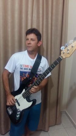 Jundiaí - Vocalista - Tenor - gosta de Blues procurando por Banjo