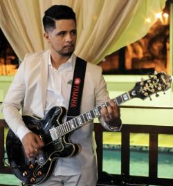 São Paulo - Guitarra solo - gosta de Cristão-Contemporâneo procurando por Guitarra-base