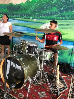 Manaus -  - gosta de Reggae procurando por Contrabaixo