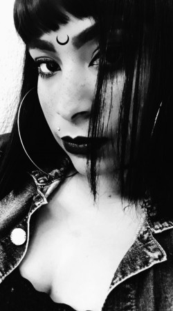 Itapevi - Vocalista - Geral - gosta de Punk procurando por Guitarra-base