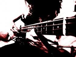 Belo Horizonte - Contrabaixo - gosta de Rock-Alternativo-/-Moderno procurando por Vocalista---Alto