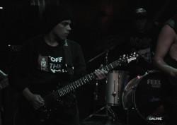 Guarulhos -  - gosta de Rock-Alternativo-/-Moderno procurando por Guitarra-base