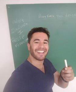 Brasília - Vocalista - Alto - gosta de Rock-Clássico procurando por Vocalista---Baixo