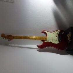 Novo Hamburgo - Guitarra solo - gosta de Rock-Alternativo-/-Moderno procurando por Bateria