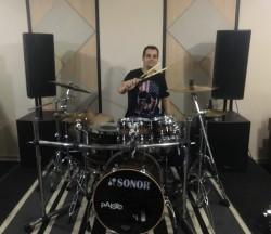 São Bernardo do Campo -  - gosta de Rock-Alternativo-/-Moderno procurando por Guitarra-solo